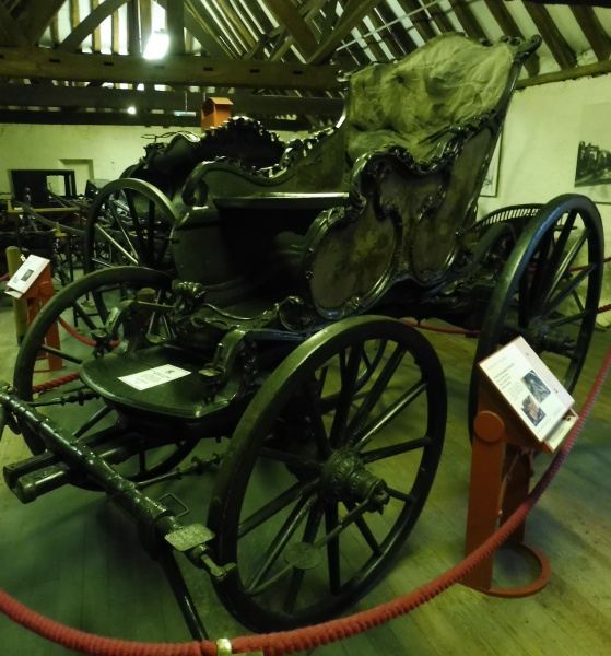 Chaise carriages of britain for Chaise carriage